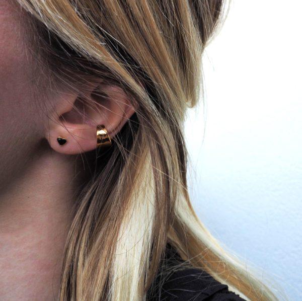Boucles d'oreilles puces dorées Jet Lovely
